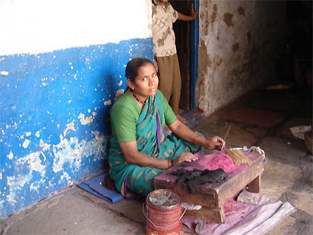 Intersections: Women Traders in the Old City of Hyderabad, India